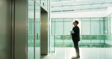 کرونا در آسانسور