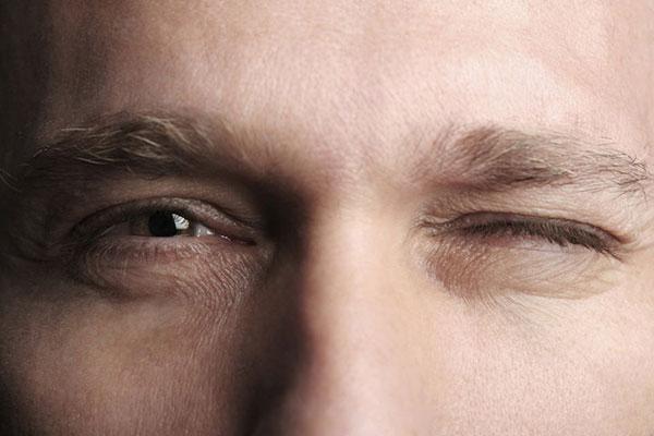 خستگی چشم کامپیوتر