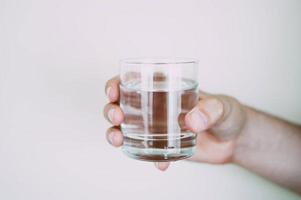 میزان مصرف آب در روز