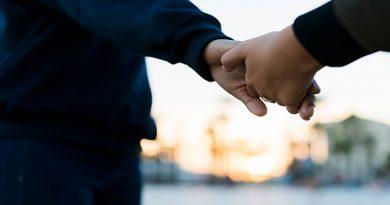 اشتباهات رابطه عاطفی