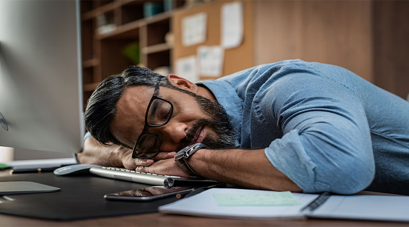 علت خستگی در طول روز چیست