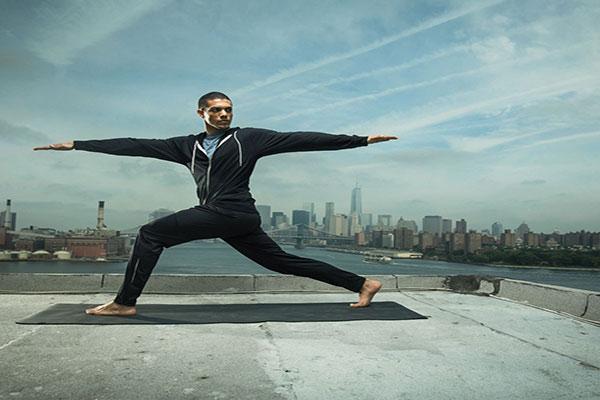 بهبود تعادل از فواید یوگا برای سلامتی بدن