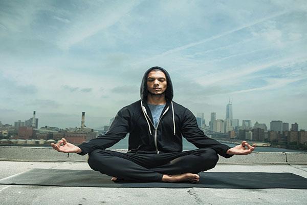 کاهش استرس از فواید یوگا برای سلامتی بدن