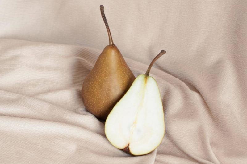 گلابی جایگزین خوشمزه ای برای سیب است