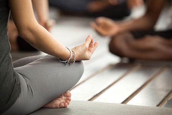 نحوه عملکرد یوگا درمانی